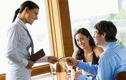 Правила общения с гостями кафе