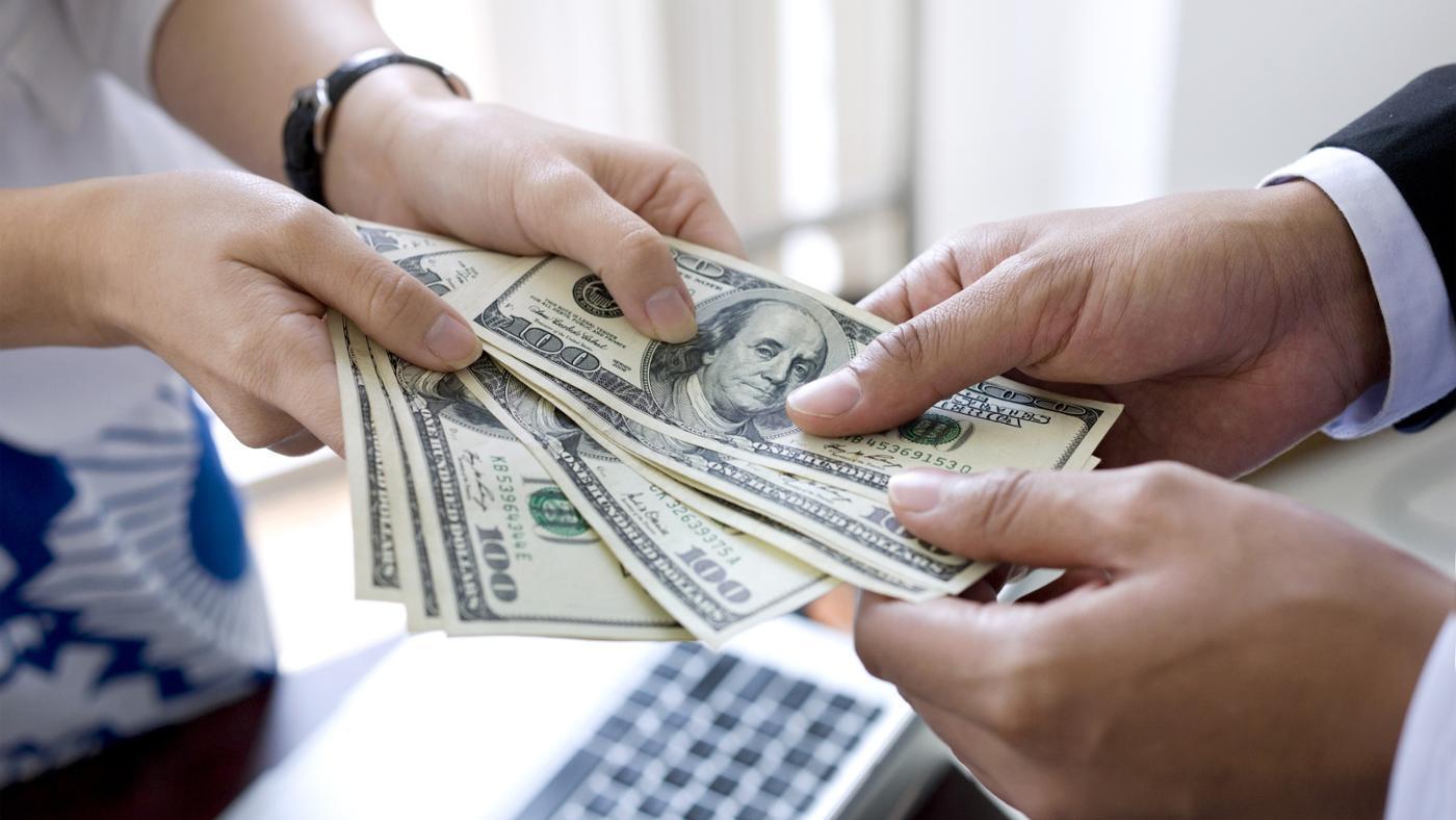 Где срочно занять деньги, даже если есть непогашенные кредиты