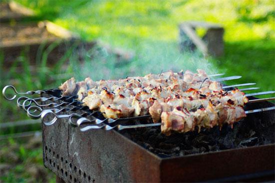 Можно ли готовить шашлыки в 2018 году на частных территориях