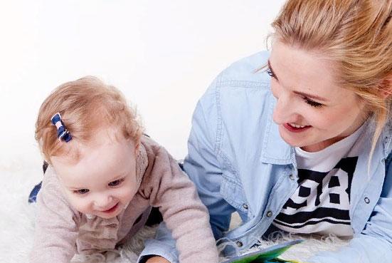 Госдума одобрила законопроект о выплатах за детей до трех лет